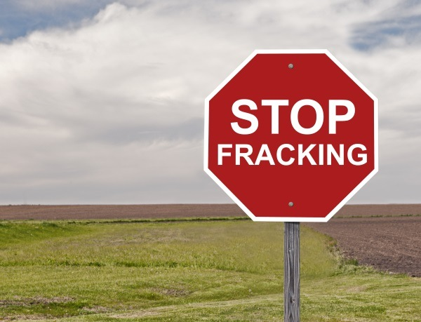 how the negative environmental effect of fracking is benefiting eor